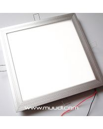 LED Paneeli 24W 24VDC IP44 LP52